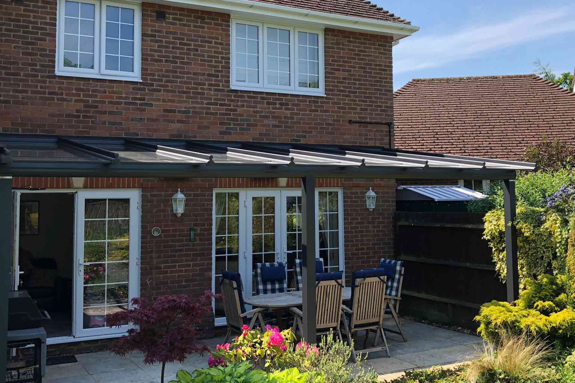 A veranda for outside cooking and dining in Basingstoke